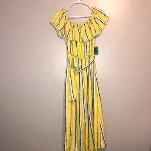 Off the shoulder yellow striped maxi woven dress